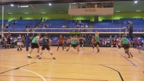 Auckland Nueva Zelanda 21 04 2017 tiró de jugadores de voleibol sobre 30 años que recolectaban en el juego 2017 del amo del mundo almacen de video