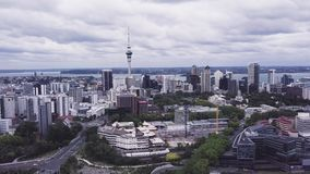 Auckland Nuova Zelanda, 4k aereo aumentante che stabilisce colpo archivi video