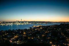 Auckland på skymning Royaltyfria Bilder