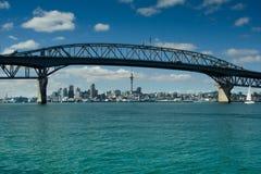 Auckland - staden av seglar Royaltyfri Foto