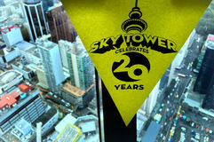 Aucklands天空塔庆祝20 ` s生日 库存照片