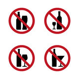 Aucun alcool ne signe la silhouette avec la bouteille et le verre Image stock