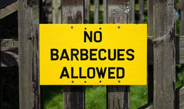 Aucun barbecues permis le signe Images stock