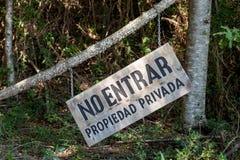 Aucun connexion en bois d'entrée la forêt Photos libres de droits