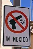 Aucune armes à feu dans le signe du Mexique Photo stock