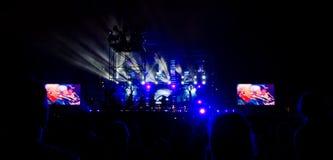 Audiência em um concerto vivo Fotos de Stock Royalty Free