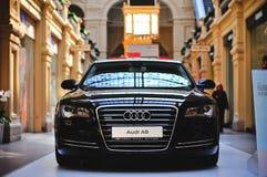Audi A8 ausgestellt in Moskau Lizenzfreie Stockfotos
