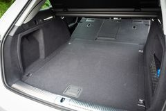 Audi A4 Avant 40 Boomstam royalty-vrije stock foto's
