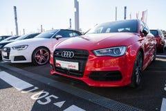 Audi emblem på en audibil royaltyfri fotografi