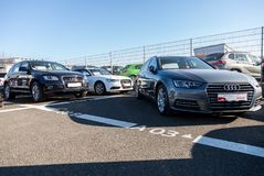 Audi emblem på en audibil fotografering för bildbyråer