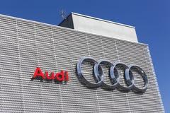 Audi-Gebäudeautohändler stockfotografie