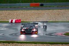 Audi gegen lamborghini Stockbilder