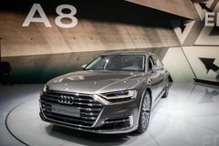 Audi 2018 A8 L carro do quattro imagens de stock