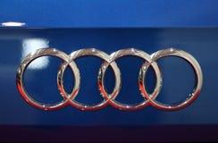 Audi metallisk logocloseup på den Audi bilen som visas på den 3rd upplagan av MOTO-SHOWEN i Cracow Polen Fotografering för Bildbyråer