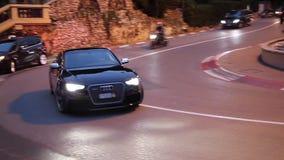Audi negro de lujo S8 en Monte Carlo, Mónaco almacen de metraje de vídeo