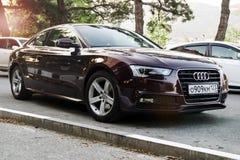 Audi A5 parqueado en la calle Imagenes de archivo