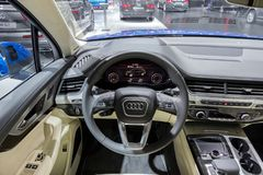 Audi Q7 car interior dashboard. BRUSSELS - JAN 12, 2016: Audi Q7 car interior dashboard view at the Brussels Motor Show Royalty Free Stock Photography