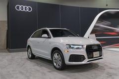 Audi Q3 su esposizione immagini stock libere da diritti
