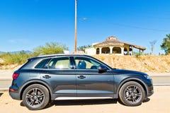 Audi Q5 2017 testa Prowadnikowy dzień Zdjęcia Stock