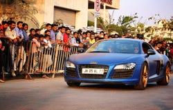 Audi R8 που επιδεικνύεται σε ένα φεστιβάλ κολλεγίων σε Pune, Ινδία στοκ εικόνα