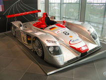 Audi R8 на музее Audi Стоковое Изображение