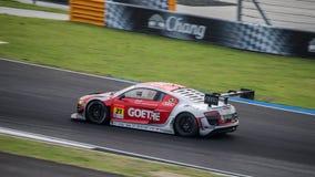 Audi R8 LMS av Audi Team Hitotsuyama i GT300 springer ultra på Bur Arkivbild