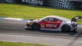 Audi R8 LMS av Audi Team Hitotsuyama i GT300 springer ultra på Bur Fotografering för Bildbyråer