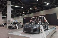 Audi R8 R8 Spyder på skärm Arkivfoton