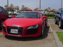 Audi R8 V8 FSi kupé som parkeras i Chorrillos, Lima Arkivfoto