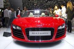 Audi R8 4.2 Quattro in de Show van de Motor van Parijs 2010 stock afbeelding