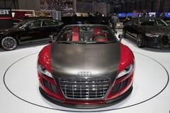 Audi R8 Cabrio ABT GTS - mostra de motor 2011 de Genebra Fotografia de Stock Royalty Free