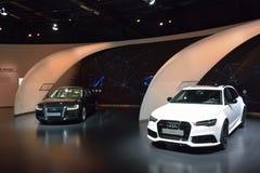 Audi RS6 et voitures d'A8L W12 Image stock