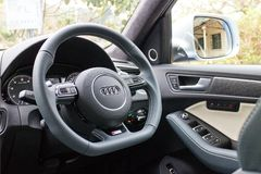 Audi SQ5 wheel Royalty Free Stock Photos