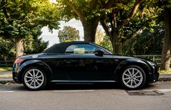 Audi TTT garé dans la rue Photos libres de droits