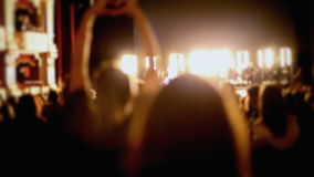 Audiencia de la demostración de la conclusión del concierto almacen de video