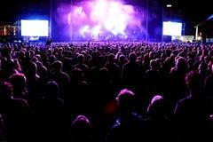 Audiencia en el concierto de Mogwai (banda) en el sonido 2014 de Heineken Primavera Imagen de archivo libre de regalías