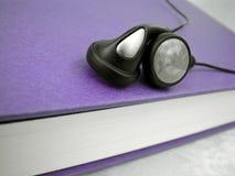Audio boek Royalty-vrije Stock Afbeeldingen