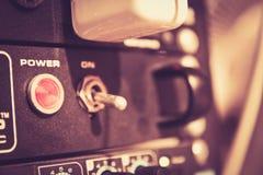 audio ciemna wyposażenia błyskawicy noc Obrazy Royalty Free