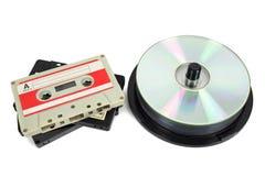 Audio kasety i cd na białym tle Obrazy Royalty Free