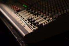 Audio melanżeru fader Zdjęcia Stock
