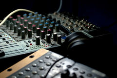 Free Audio Mixer And Earphone Royalty Free Stock Photography - 12957317