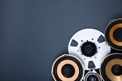 Audio Rozsądni mówcy i Otwierają rolka przedmioty Inkasowych Obraz Stock