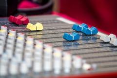 Audio sezione comandi mescolantesi Immagine Stock Libera da Diritti