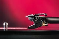 Audio wyposażenie dla klubu przyjęcia Roczników turntables dla koncerta Retro audio ustawianie dla dyskdżokeja bawić się muzykę w obraz stock