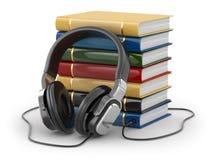Audiobook begrepp. Hörlurar och böcker Royaltyfri Fotografi