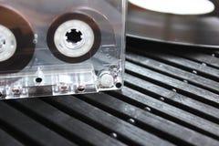 Audiocassettes en vinyl Royalty-vrije Stock Afbeeldingen