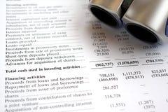 Auditoría del informe financiero y del vidrio Imagen de archivo libre de regalías