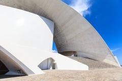 Auditorio de特内里费岛-未来派音乐厅,设计由圣地牙哥・卡拉特拉瓦 图库摄影