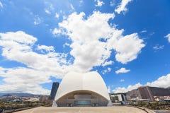 Auditorio de特内里费岛-未来派音乐厅,设计由圣地牙哥・卡拉特拉瓦 免版税库存图片