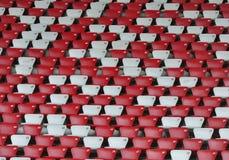 Auditorium und Stühle im Stadion Stockfotos